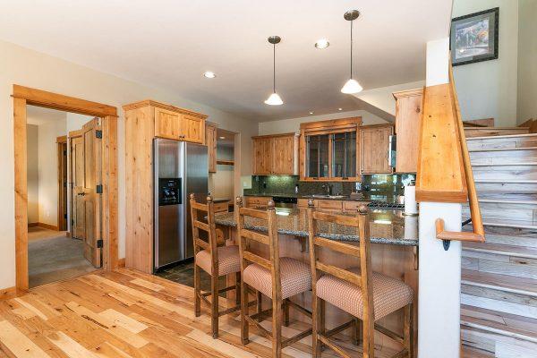 13113-Fairway-Dr-Truckee-CA-018-12-Kitchen-MLS_Size