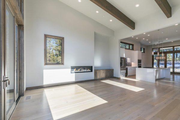 11040 Ghirard Rd Truckee CA-large-013-036-Living Room-1500x1000-72dpi