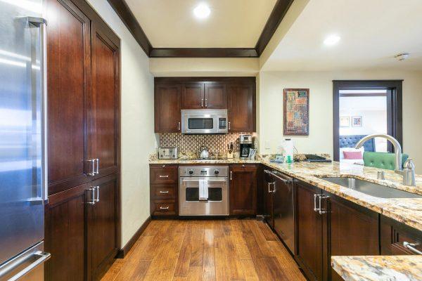 13051 Ritz Carlton Highlands-large-016-040-Kitchen-1500x1000-72dpi