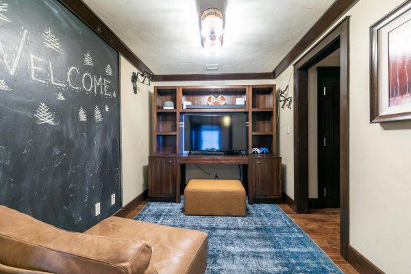 13051 Ritz Carlton Highlands-large-026-042-Media Room-1500x1000-72dpi