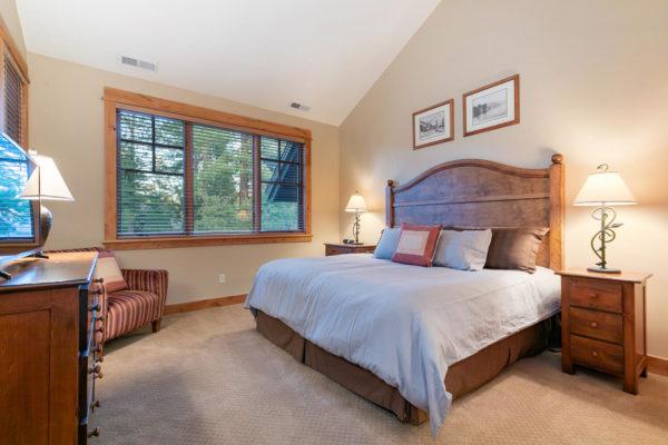 13125 Fairway Dr Unit 5C-large-028-027-Bedroom Three-1500x1000-72dpi