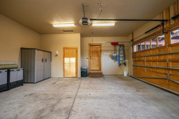 13125 Fairway Dr Unit 5C-large-037-001-Garage-1500x1000-72dpi