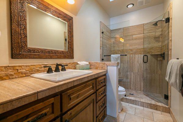 13534 Fairway Dr Truckee CA-large-028-015-Bathroom Four-1500x1000-72dpi