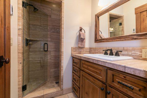 13534 Fairway Dr Truckee CA-large-032-016-Bathroom Five-1500x1000-72dpi