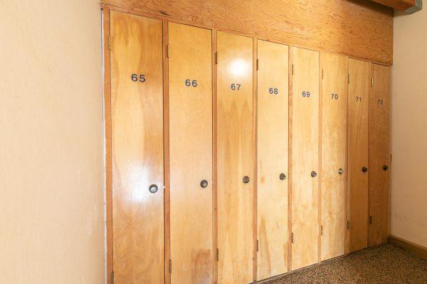 4066 Coyote Fork Truckee CA-large-030-023-Ski Lockers-1500x1000-72dpi