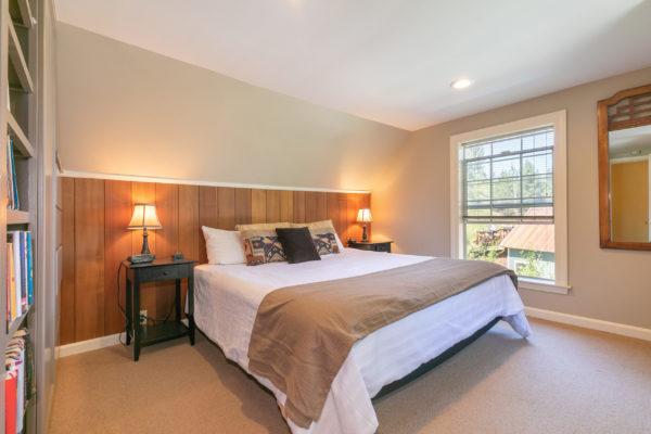 10230 Donner Pass Rd Truckee-print-033-021-Bedroom Five-3360x2240-300dpi