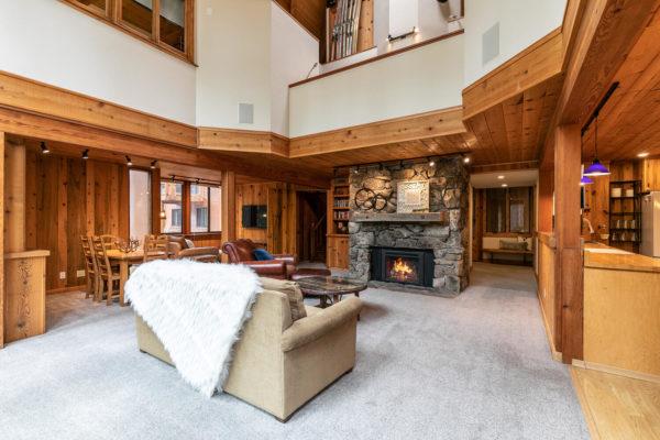 820 Beaver Pond Truckee CA-large-011-023-Living Room-1500x1000-72dpi
