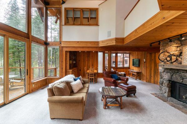 820 Beaver Pond Truckee CA-large-013-021-Living Room-1498x1000-72dpi