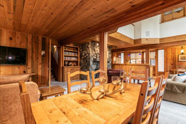 820 Beaver Pond Truckee CA-large-016-030-Living Room-1500x1000-72dpi