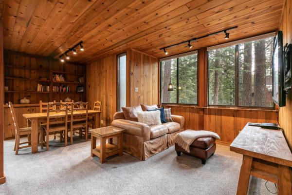820 Beaver Pond Truckee CA-large-017-024-Living Room-1500x1000-72dpi