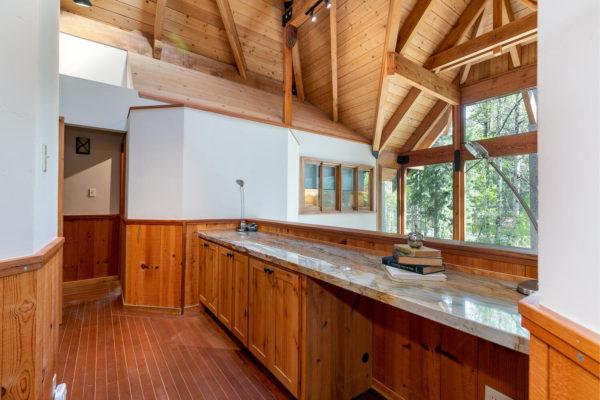 820 Beaver Pond Truckee CA-large-028-031-Loft Office-1500x1000-72dpi