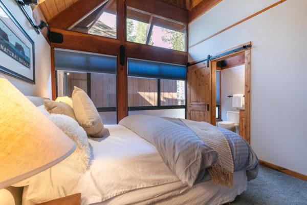 820 Beaver Pond Truckee CA-large-040-007-Bedroom Three-1500x1000-72dpi