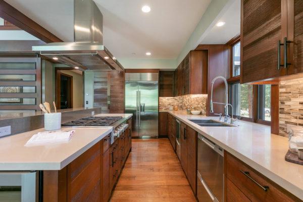 10263 Olana Dr Truckee CA-large-021-052-Kitchen-1500x1000-72dpi