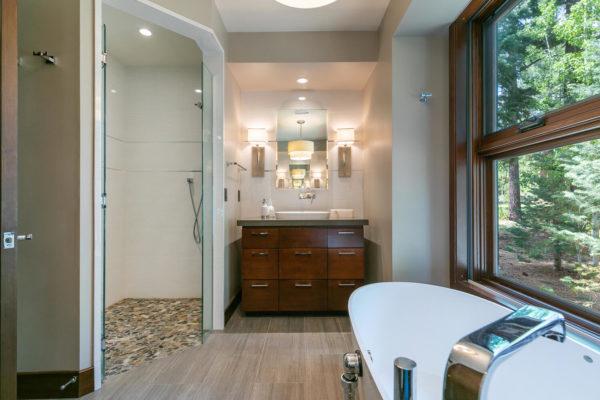 10263 Olana Dr Truckee CA-large-029-029-Bathroom Three-1500x1000-72dpi