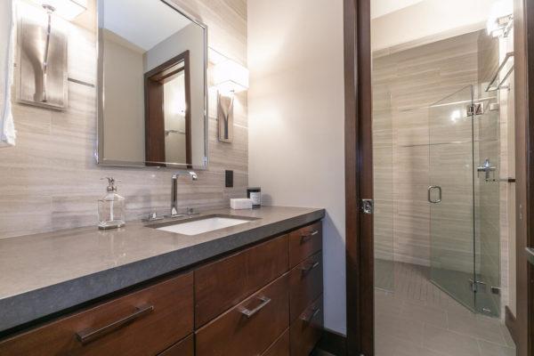 10263 Olana Dr Truckee CA-large-044-036-Bathroom Two-1500x1000-72dpi