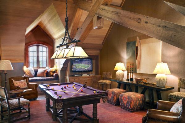 2010 West Lake Blvd - Billiards Room
