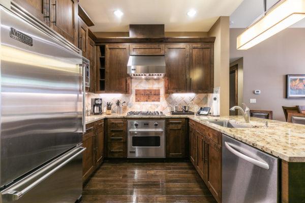 Kitchen-036-035-1500x1000