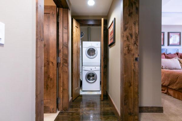 Laundry-038-039-1500x1000