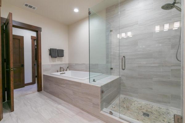 10189 Annies Loop Truckee CA-large-023-020-Bedroom Two-1500x1000-72dpi