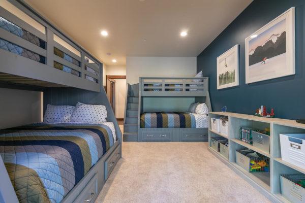10189 Annies Loop Truckee CA-large-024-010-Bedroom Two-1500x1000-72dpi