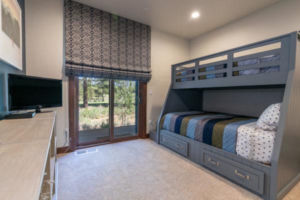 10189 Annies Loop Truckee CA-large-025-001-Bedroom Two-1500x1000-72dpi