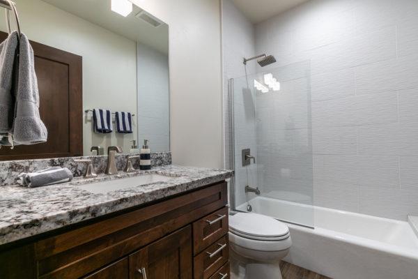 10189 Annies Loop Truckee CA-large-029-004-Bedroom Three-1500x1000-72dpi