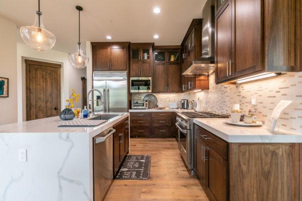 11431 Ghirard Rd Truckee CA-large-019-025-Kitchen-1500x1000-72dpi