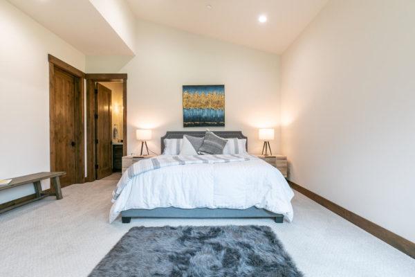 11431 Ghirard Rd Truckee CA-large-034-006-Bedroom Three-1500x1000-72dpi
