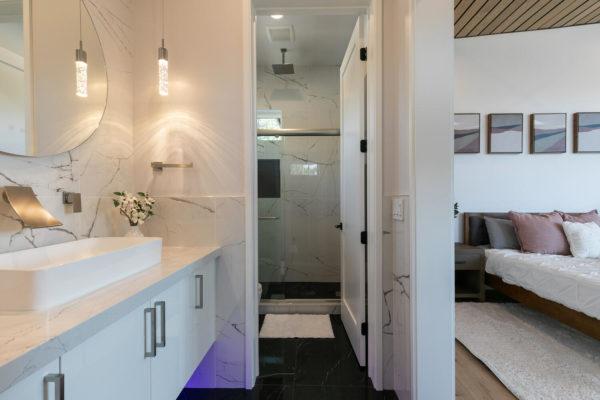 11614 Henness Rd Truckee CA-large-019-046-Bathroom Three-1500x1000-72dpi